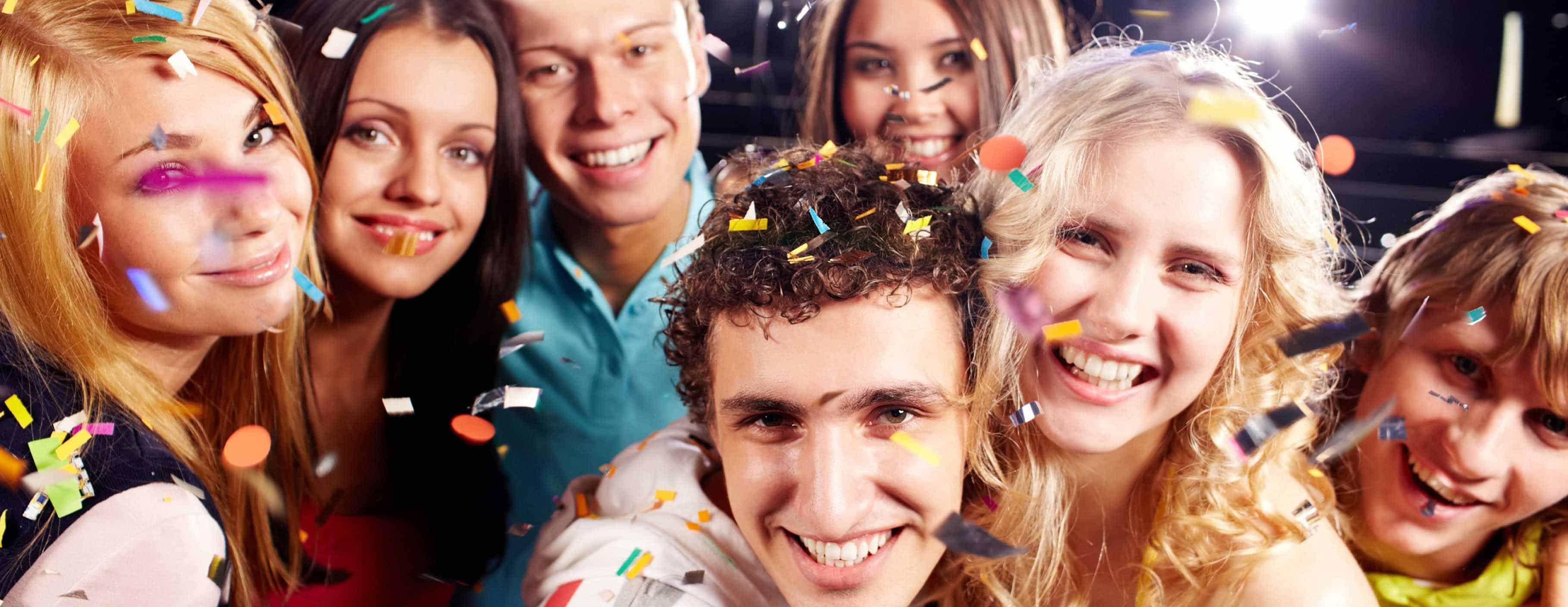 Фото с студенческих вечеринок 15 фотография